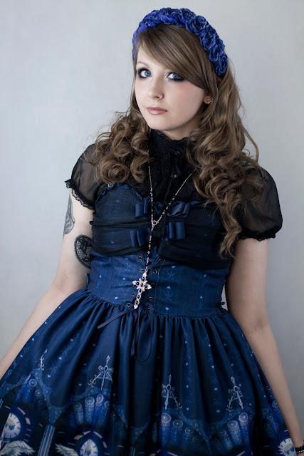 Gothic lolita photoshoot