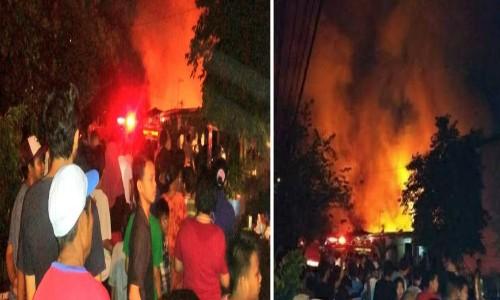 Kebakaran Hanguskan 6 Rumah Di Komplek Polri Ciracas