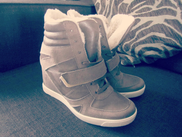 dorothy_perkins_mink_high_top_wedge_trainers_fashion_blog
