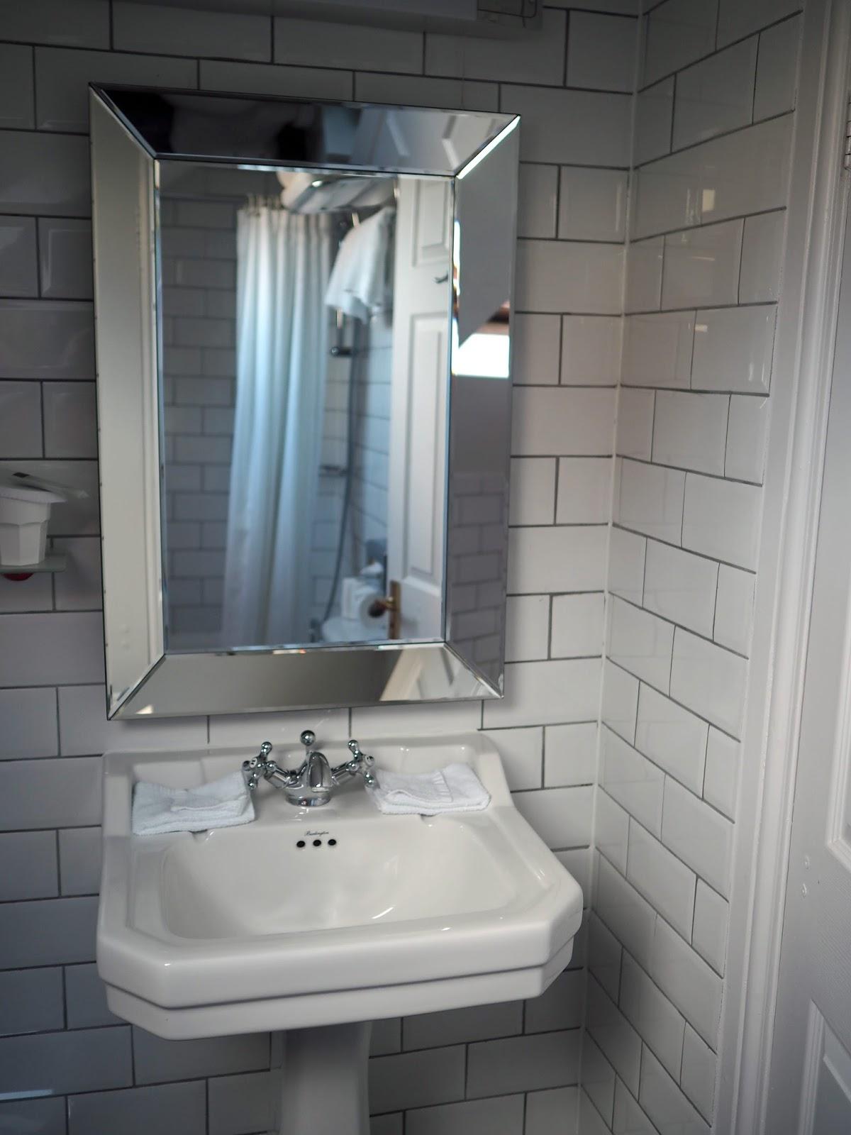 York Hotel Monkbar hotel bathroom