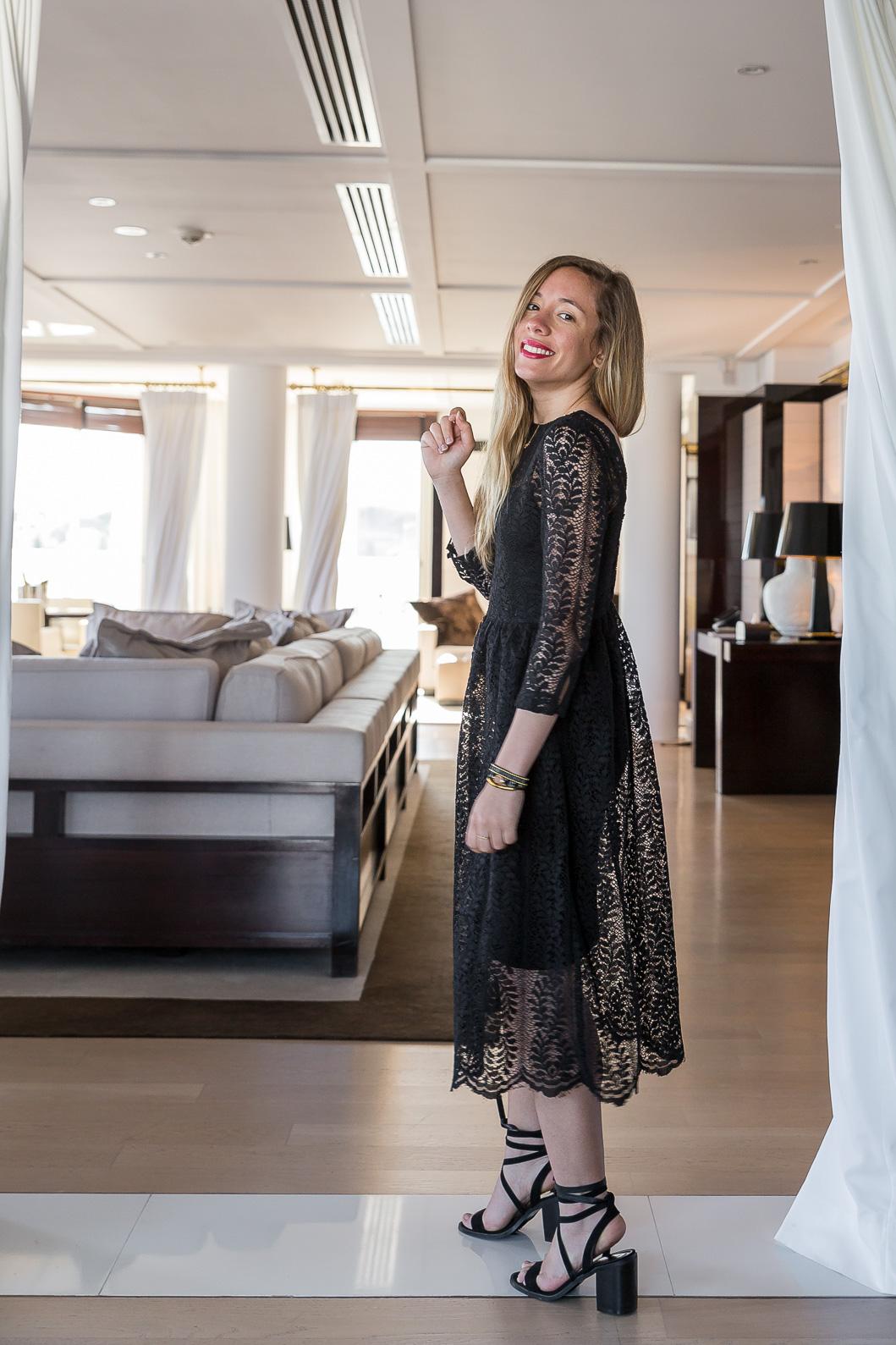 robe longue dentelle noire