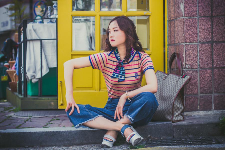 модная одежда, korean fashion, основы корейской моды, корейская мода, корейские бренды, стиль 70, стиль 70 годов, стиль 70 х годов в одежде, одежда +в стиле 70 фото, ретро стиль, ретро стиль фото, ретро одежда, антикварная мебель, магазин антиквариата в Корее, Итевон, блюда разных стран мира, корейские актеры, духи Красная Москва
