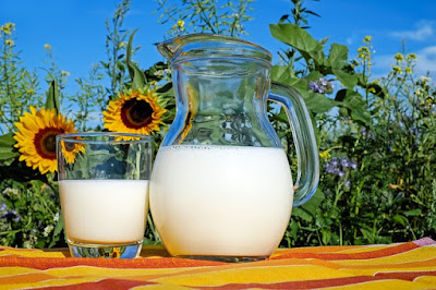 Cara memutihkan wajah secara alami dengan susu
