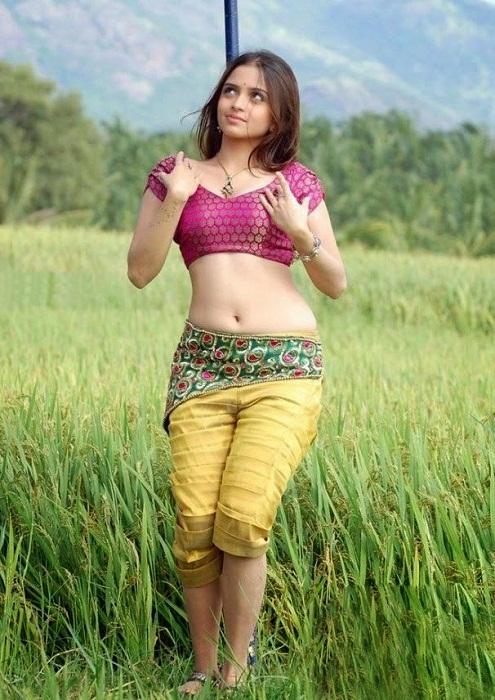 Sheena Shahabadi Latest Hot Pictures