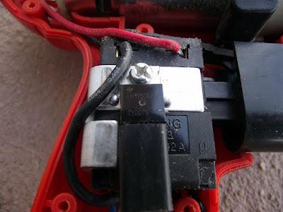 controlador de velocidade do motor da Parafusadeira furadeira Black & Decker CD121K50