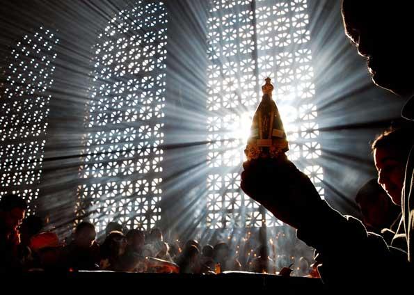 Festa De Nossa Senhora Aparecida: Tradição Católica!: Festa De Nossa Senhora