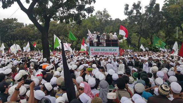Aksi Bela Islam Kepung Istana Presiden, Umat Islam Diminta Bawa Bekal dan Tulis Surat Wasiat