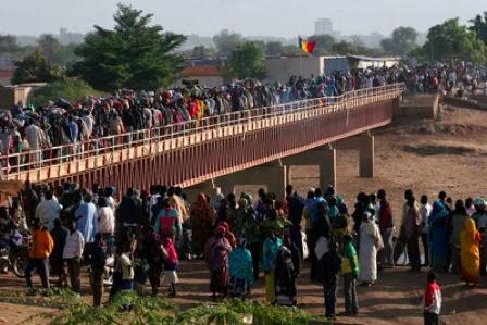 nigerian flee to cameroon