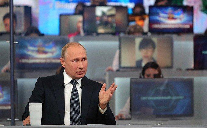 Путин пообещал боевикам продолжить войну с Украиной