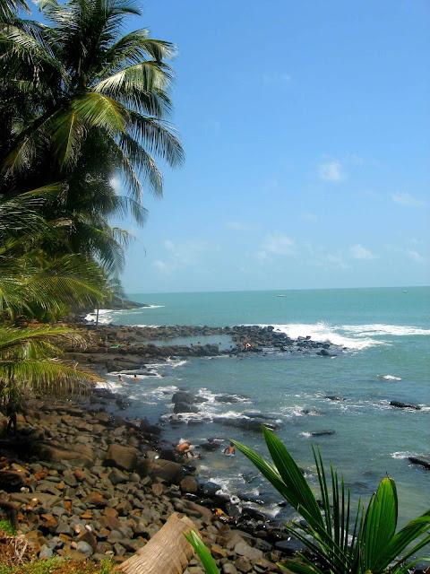 Guyane, Kourou, îles du salut,  île royale, île Saint-Joseph, île du diable, auberge, baignade, randonnée, singe, tortue, bateau, navette