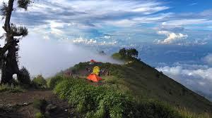 Trekking Rinjani Summit Package real hiker