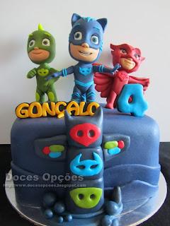 bolos festas aniversário PJ Masks doces opções
