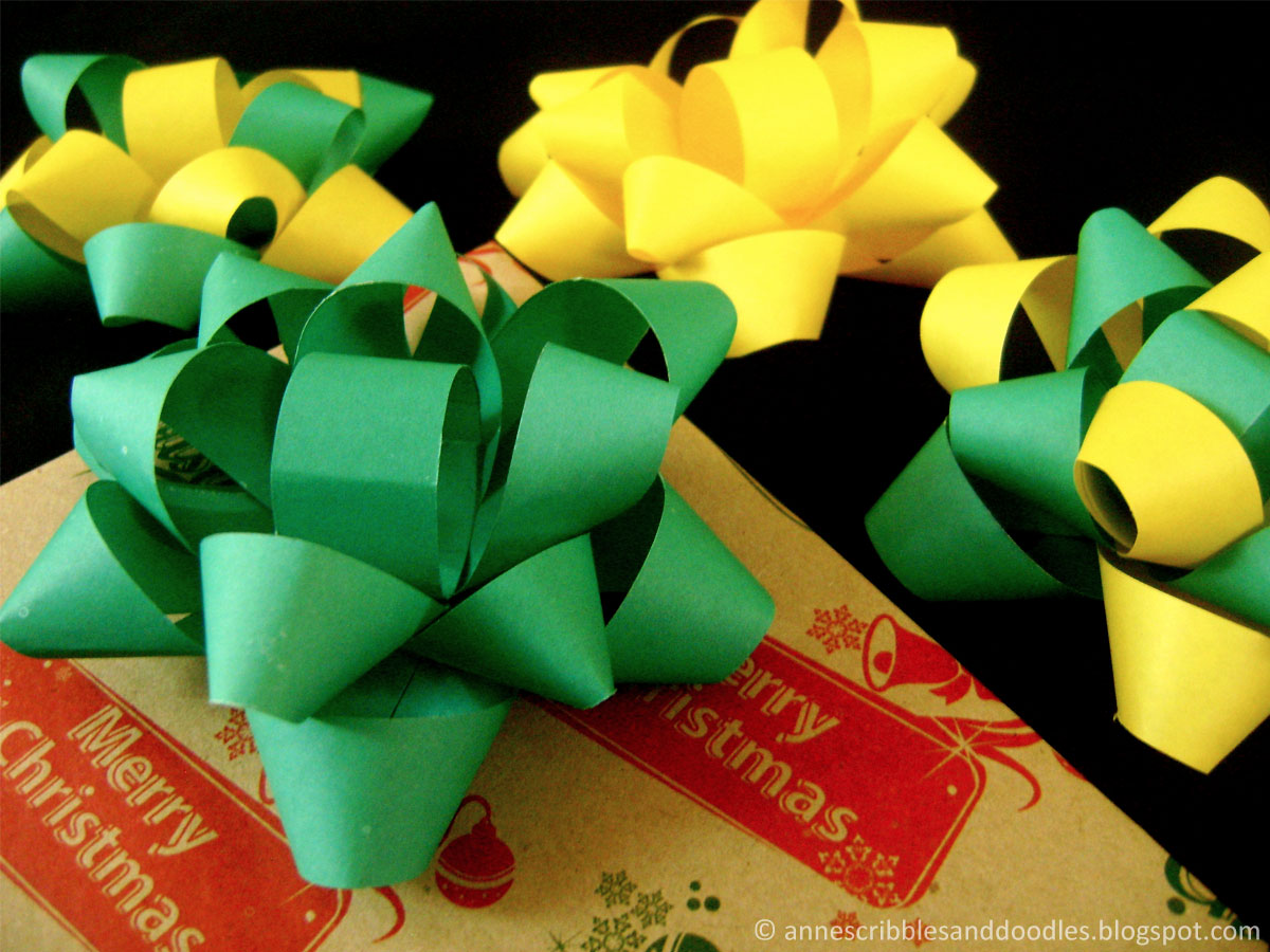 DIY Paper Gift Bow Tutorial