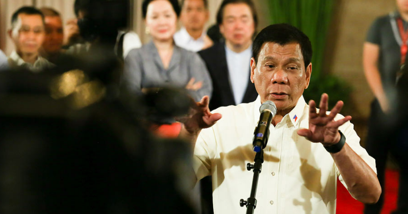 Duterte warns rich businessmen to pay right tax or else