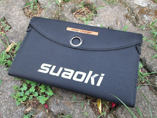 Solar Charger Suaoki 25W Folding Waterproof Output 4A Max Dual USB Port Outdoor