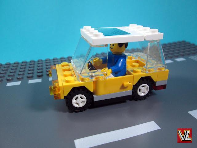 MOC LEGO Recriação de modelo de pequeno carro LEGO dos sets dos finais dos anos 70 e 1980.
