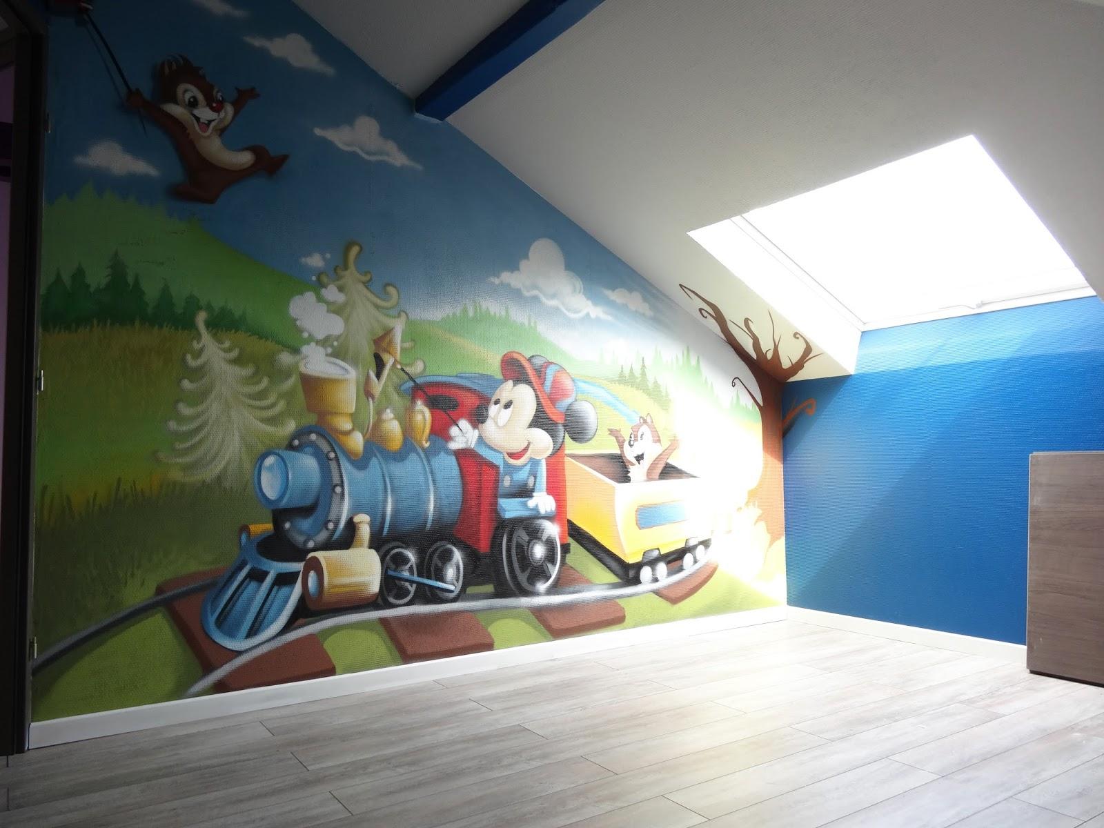 gimus d coration chambre d 39 enfant graffiti mickey tic et tac. Black Bedroom Furniture Sets. Home Design Ideas