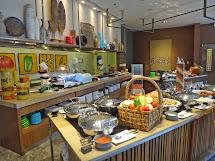 Cupkaye Lunch Buffet Flavors Holiday Inn Makati