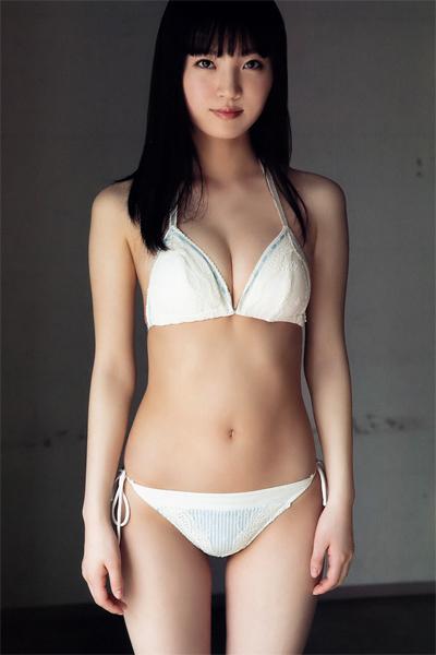 Yura Shiraishi 白石夢来, Young Animal 2019 No.09-10 (ヤングアニマル 2019年9-10号)