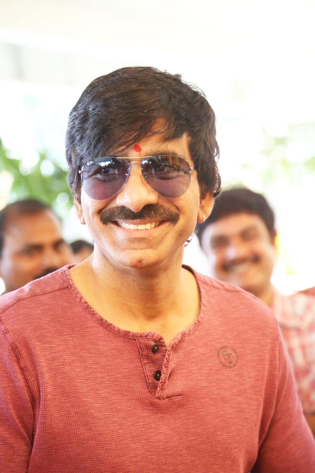 Ravi Teja Profile, Affairs, Contacts, Girlfriend, Gallery
