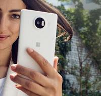 Lumia 950 XL способен делать разблокировку по радужке глаза и снимает видео в формате 4K