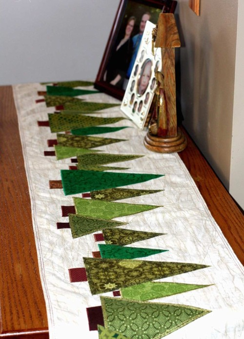 Tree Table Runner - Quilting Tutorial