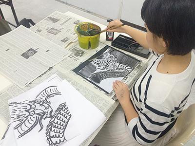 美術クラブ 横浜美術学院の中学生向け教室 ぜんぶ自分でつくる「自由制作」8
