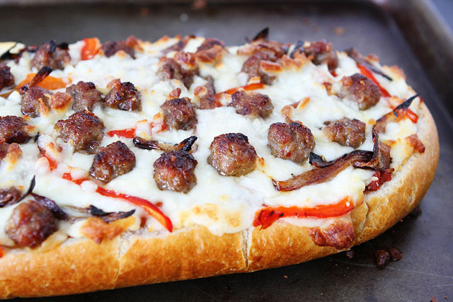 Easy French Bread Pizza - Recipes