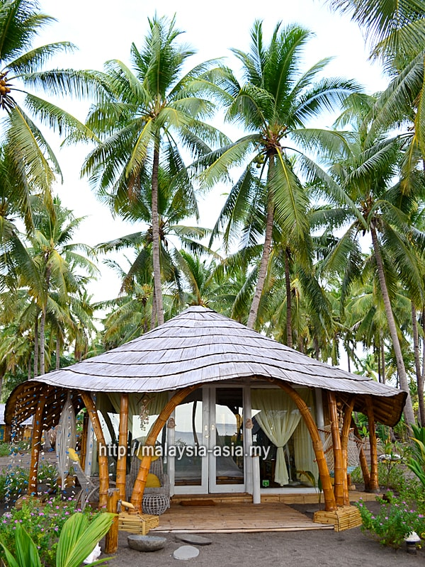 Bungalow at Coconut Garden Beach Resort