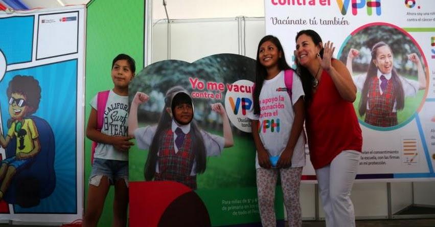 Cerca de 300 mil niñas en edad escolar serán vacunadas contra el virus que origina cáncer de cuello uterino, informó el Ministerio de Salud - MINSA - www.minsa.gob.pe