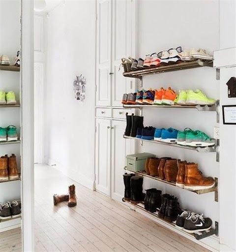 wall shoe storage
