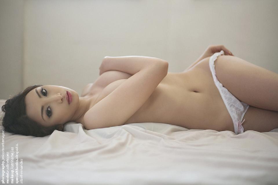 nadine lopez sexy topless pics 02