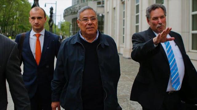 FIFA suspende de por vida a tres exfuncionarios por corrupción