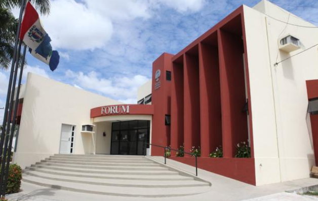 Jurados absolvem réus em Santana do Ipanema e Pão de Açúcar nesta quinta-feira (10)
