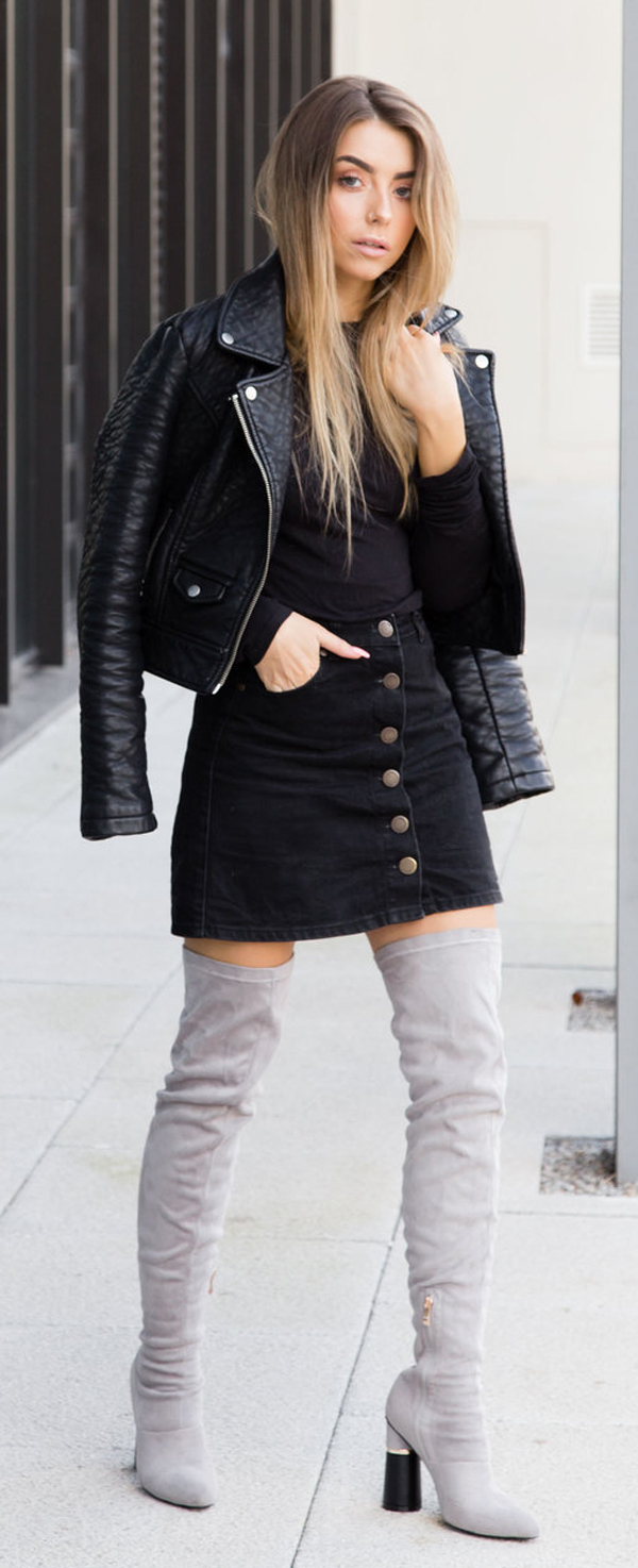 knee-high boots black style