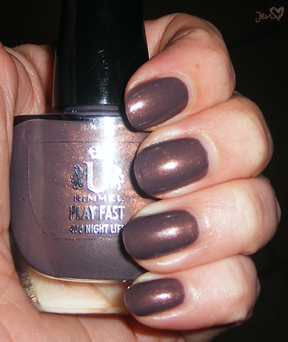 xoxoJen's swatch of Rimmel Night Life