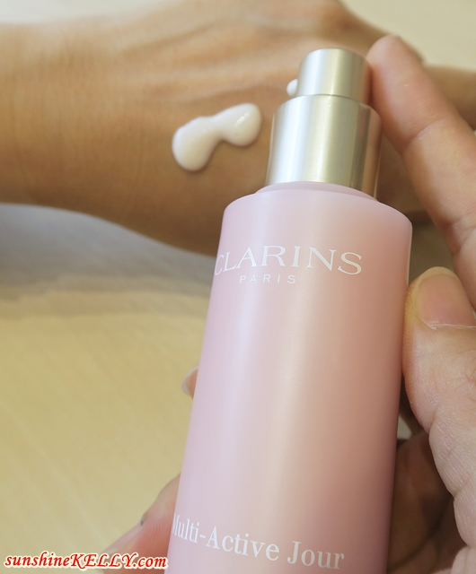 CLARINS New Multi-Active Day & Night To Combat Urban Stress