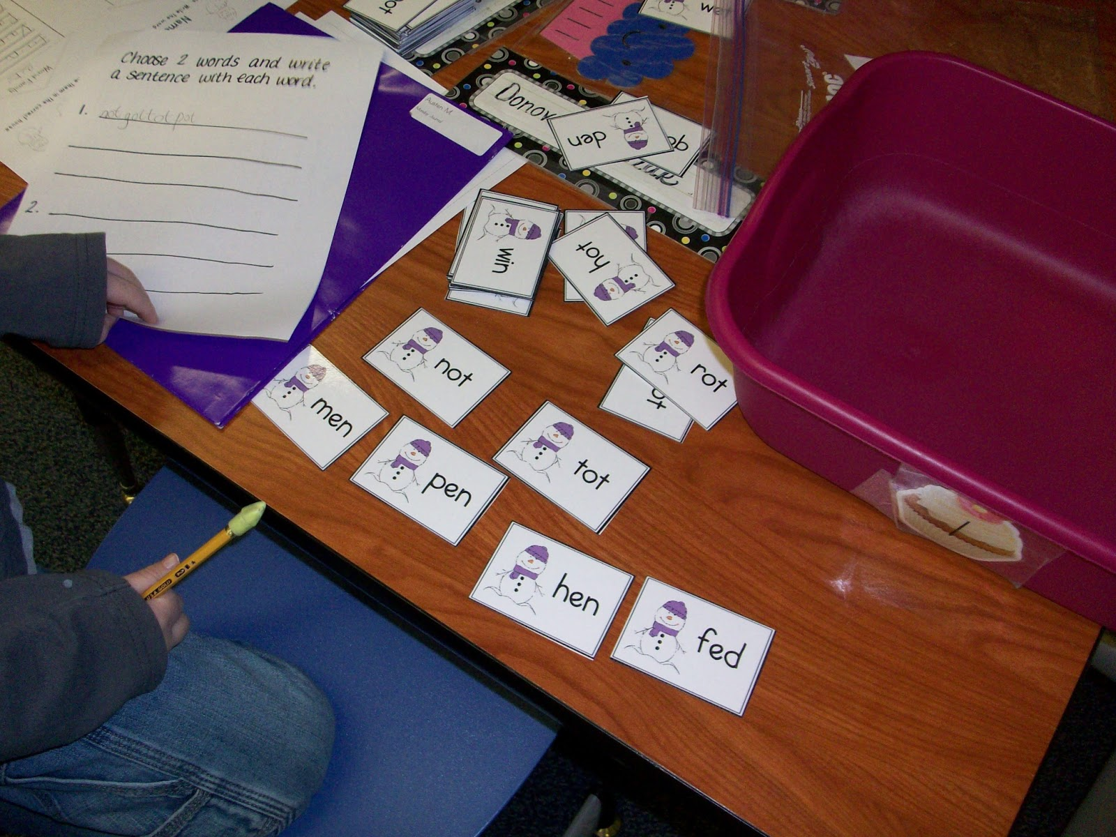 Kinder Cakes Literacy Stations And A Freebie