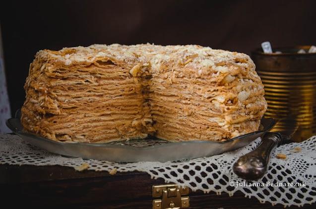 Tort Karmelowy Napoleon