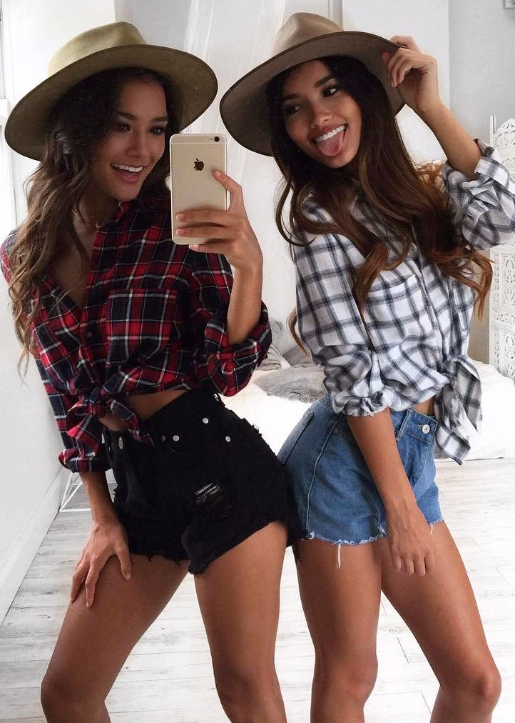 how to wear plaid with denim: summer outfit ideas