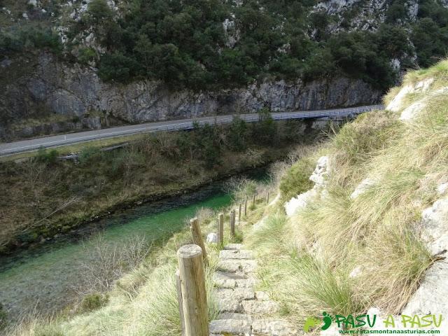 Ruta a la Pica de Peñamellera: Senda fluvial del Cares, tramo Mier, Niserias