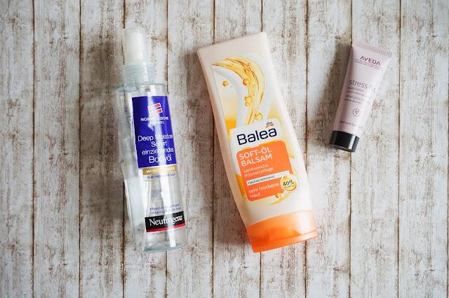 Neutrogena - Deep Moisture Bodyöl  Balea - Soft-Öl-Balsam  Aveda - stress-fix body lotion