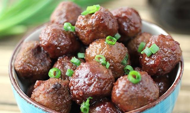 https://www.suburbansimplicity.com/3-ingredient-crockpot-meatballs/