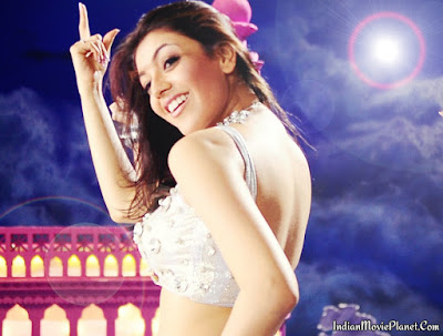 kajal agarwal hot navel show white costume wallpapers