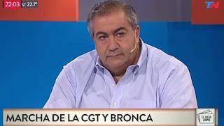 """Héctor Daer, uno de los integrantes del triunvirato, definió al ministro de Producción como el """"ideólogo"""" de la """"destrucción de las actividades"""" en el sector industrial."""