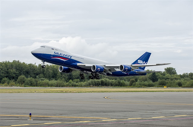 boeing 747-8f silkway west airlines