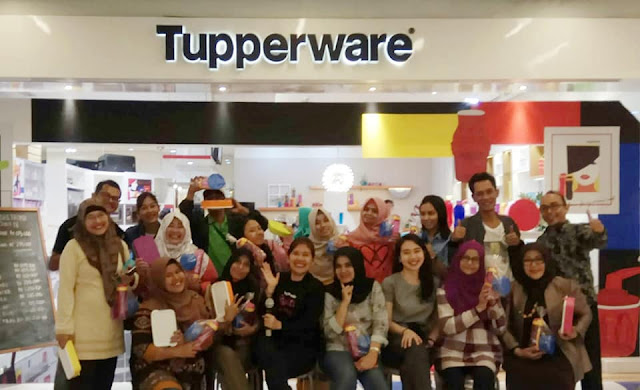 Showroom Tupperware