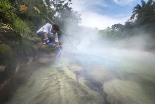 Bukan Hanya Legenda, Sungai Mendidih Ini Ditemukan Di Peru