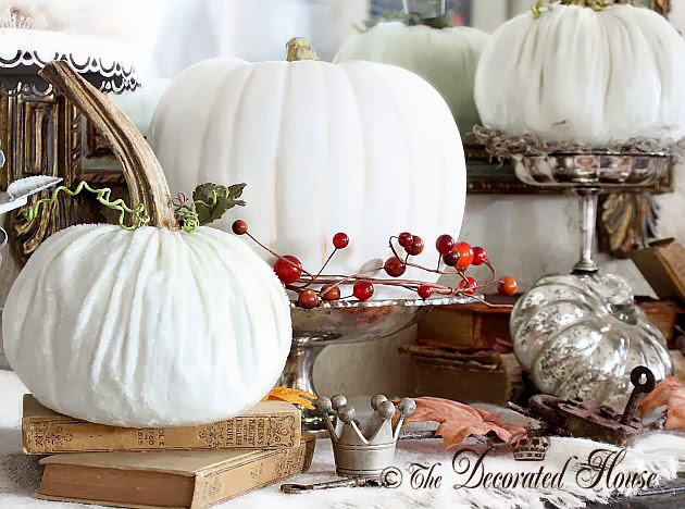 The Decorated House ~ Happy Thanksgiving - Velvet Pumpkins & Antique Books