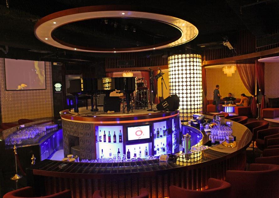 The lounge hotel le grandeur jakarta jakarta100bars for Hotel club decor